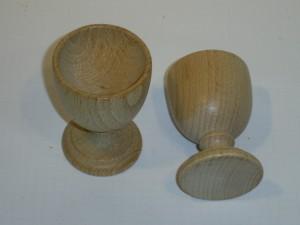 Eierbecher aus Buchenholz
